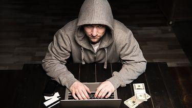 Alior Bank ostrzega klientów przed nowym zagrożeniem – uwaga na fałszywe SMS-y - Alior Bank poinformował o nowym zagrożeniu. (depositphotos)