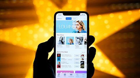Cena nie odstraszyła: iPhone X najlepiej sprzedającym się smartfonem tego roku