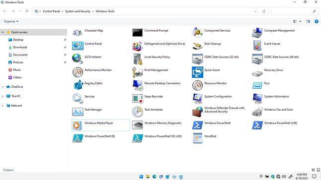 Windows 7 dzielnie się trzyma jako fundament nowych Okienek