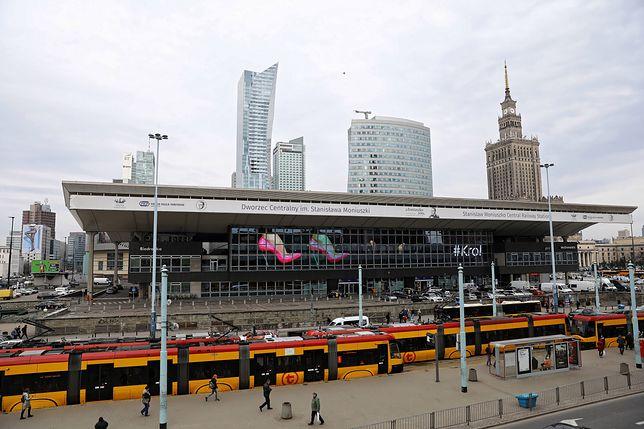Warszawa: Napad na kantor na Dworcu Centralnym. Łupem złodziei mogło paść kilkaset tysięcy złotych