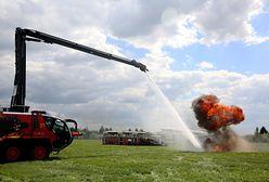 Lotniskowa Straż Pożarna. Zobacz, jak prezentują się w akcji!