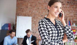 Odpowiedni strój dodaje pewności siebie w miejscu pracy