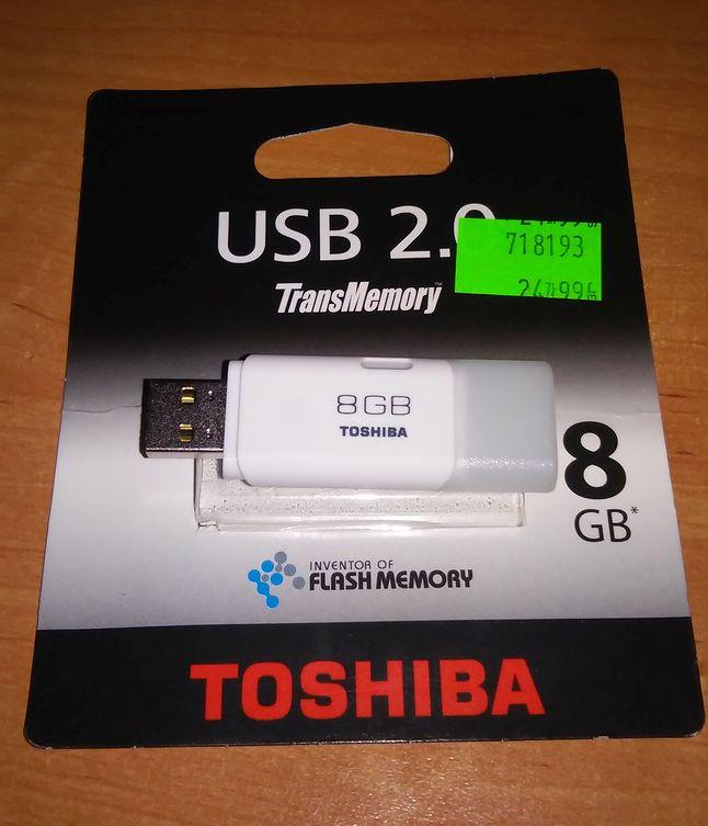Toshiba TransMemory 8GB