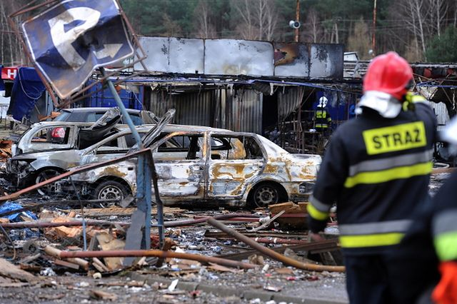 Zniszczenia po wybuchu na targowisku