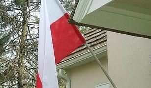 1000 polskich flag rozda Urząd Dzielnicy Ursynów