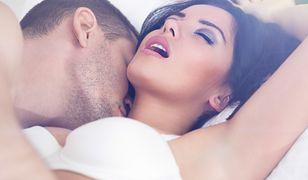 Wykonaj te triki jeszcze przed seksem, a zapewnią kobiecie orgazm