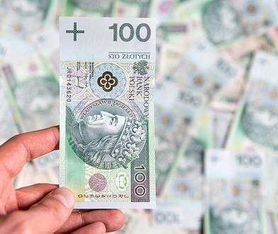 Zarabiamy coraz więcej i oszczędzamy coraz więcej - wynika z danych udostępnionych przez polskie banki