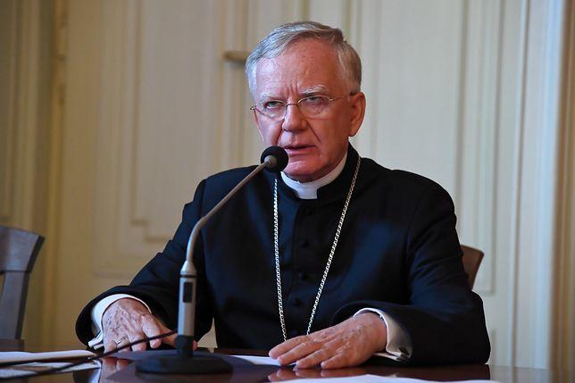 Abp Marek Jędraszewski zaznaczył, że ks. Ślusarczyk cieszy się dużym szacunkiem