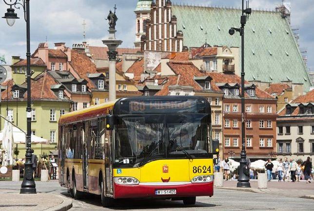 Nowy Świat i Krakowskie Przedmieście wyłączone z ruchu. W weekendy przekształcą się w deptak