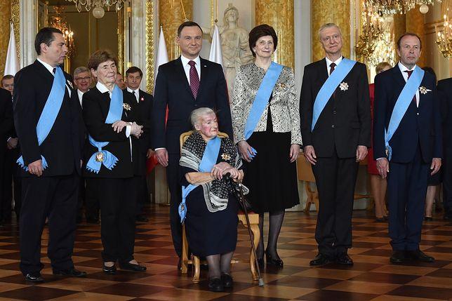Prezydent wręczył na Zamku Królewskim Ordery Orła Białego