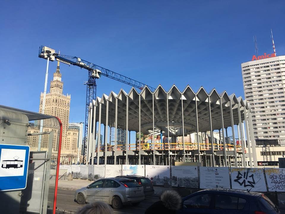 Tak wygląda Rotunda od środka. Zobacz wideo