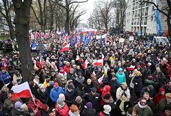 Manifestacja Komitetu Obrony Demokracji w Warszawie