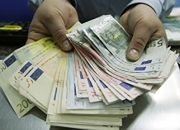 Tysiące ludzi mogą stracić pracę przez opcje walutowe