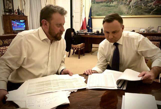 Koronawirus w Polsce. Minister zdrowia Łukasz Szumowski i prezydent Andrzej Duda.