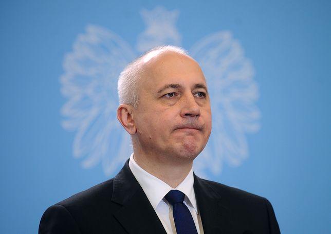 Szef MSWiA, Joachim Brudziński.