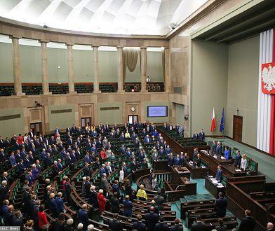 """Sejm wysłuchał czytania projektu ustawy """"Stop Pedofilii"""""""
