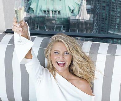 63-latka wystąpiła w nowej reklamie GAP. Wygląda fenomenalnie!