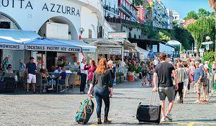 Tłumy na włoskiej wyspie. Burmistrz chce ograniczyć liczbę turystów