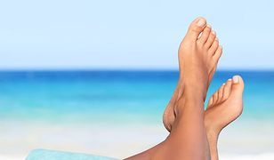 Zimne stopy - sposoby i porady na marznące stopy