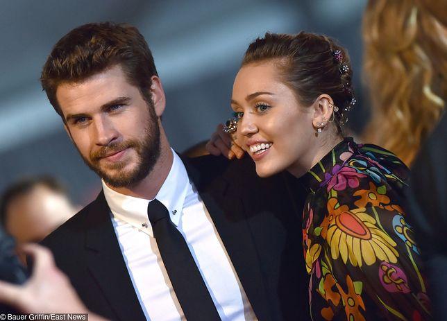 """Cyrus I Hemsworth odwołali swój ślub. """"Jego serce jest złamane"""""""