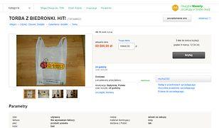 Dziesiątki osób licytują torbę z Biedronki. Osiąga niebotyczną cenę