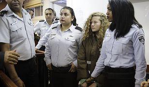 Ahed al-Tamimi w izraelskim sądzie wojskowym na Zachodnim Brzegu Jordanu