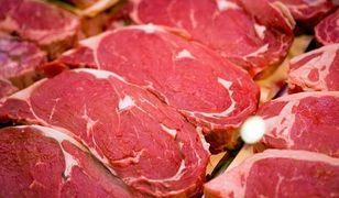 Policja odzyskała mercedesa i 800 kg mięsa