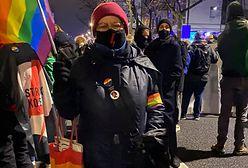 """Babcia Kasia wśród protestujących. """"Nie myślę o zagrożeniu, są rzeczy ważne i ważniejsze"""""""