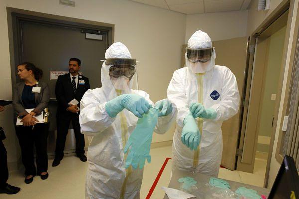 USA wprowadzają nowe procedury postępowania z chorymi na ebolę