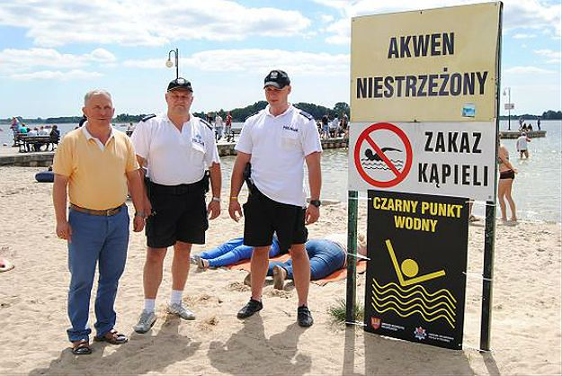 Czarny punkt wodny w Skorzęcinie przy Jeziorze Niedzięgiel