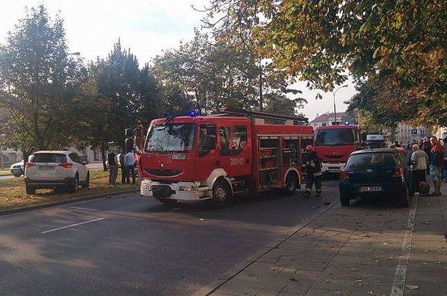Zderzenie trzech aut. Trzy osoby w szpitalu