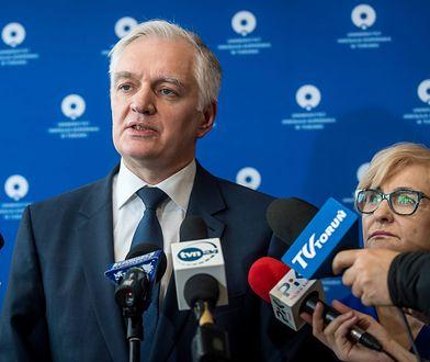 """Jarosław Gowin jest zły na krytyków premiera. """"Haniebne wypaczenie"""""""