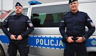 Torzym. Policjanci uratowali mężczyznę, który zasnął na torach