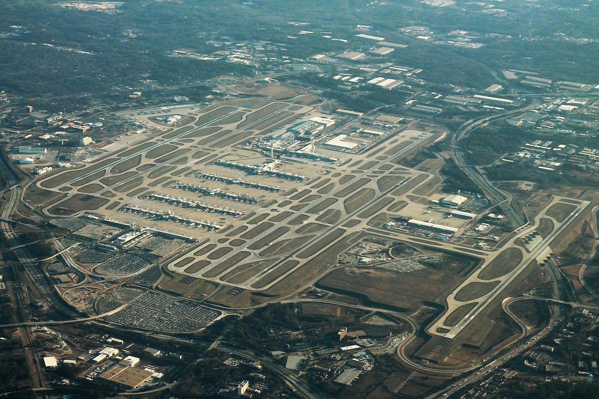 Największe lotniska na świecie. 100 mln pasażerów rocznie