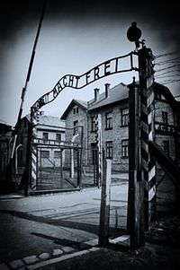 Politycy o wsparciu Fundacji Auschwitz