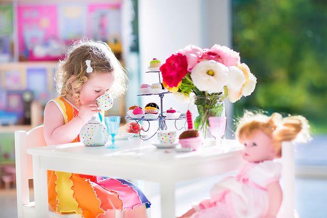 Zabawki dla małej elegantki. Pomyśl o prezencie na mikołajki już teraz
