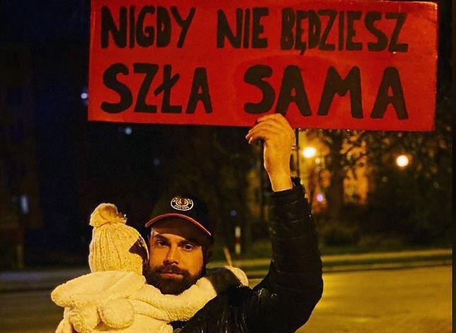 Marcin Biały i Lili - to zdjęcie jest symbolem protestów kobiet. Zrobiła je Natalia Sanocz-Biały