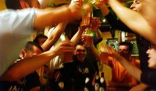 """Tragedia na domówce. 31-latka wzięła łyk """"piwa"""", dwa dni później zmarła"""