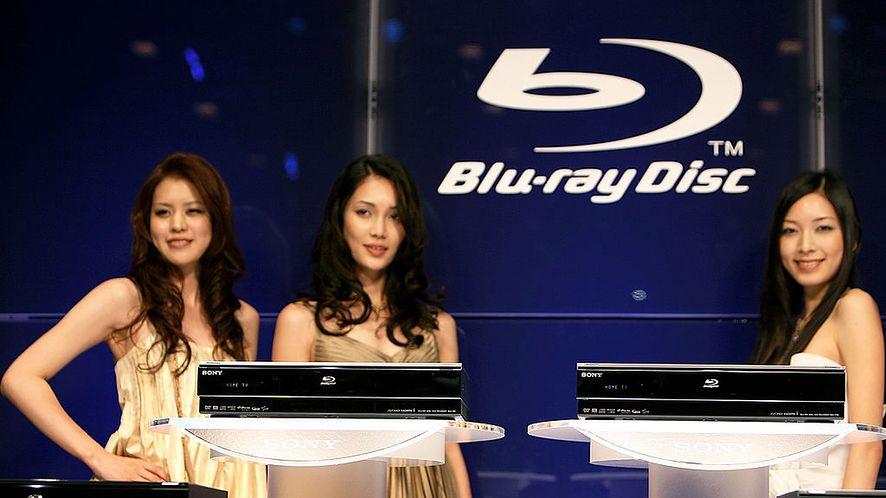 Sprzedaż odtwarzaczy i płyt Blu-ray systematycznie spada, fot. Kiyoshi Ota / Stringer / Getty Images