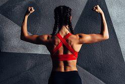 Ćwiczenia na kaptury, czyli na mięśnie czworoboczne pleców