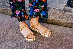 Najmodniejsze buty na lato w atrakcyjnych cenach. Jakie modele warto wybrać?