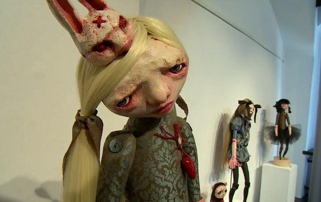 Przerażająca wystawa lalek. Te zabawki mrożą krew w żyłach