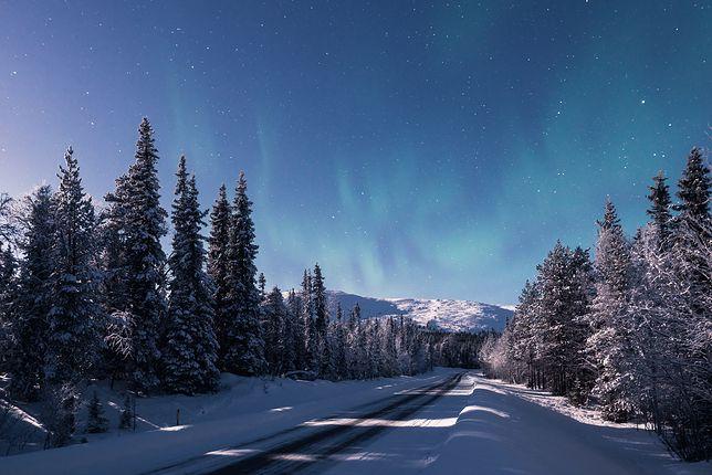 Zorza polarna w Laponii wygląda zjawiskowo