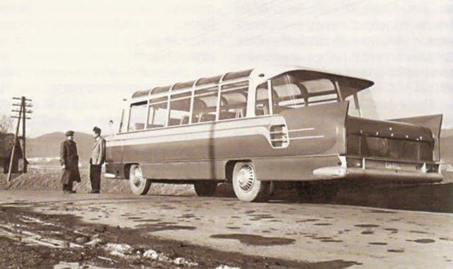 Skrzydlaty autobus SFW-1 Sanok