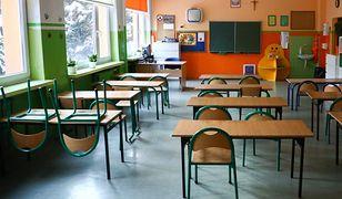 Powrót do szkół. MEiN o testach wśród nauczycieli. Są wstępne wyniki