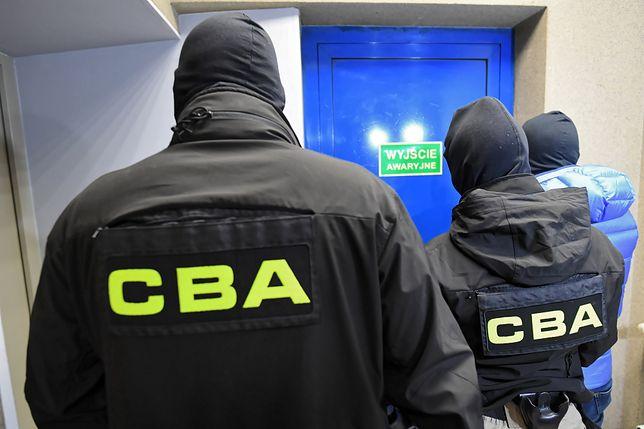 Poznań. Fałszywe faktury na ponad 10 mln zł. CBA zatrzymało podejrzanego mężczyznę / foto ilustracyjne