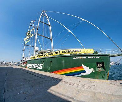 """Port w Gdańsku nie chce wpuścić statku Greenpeace. """"Jest nam niezmiernie przykro"""""""