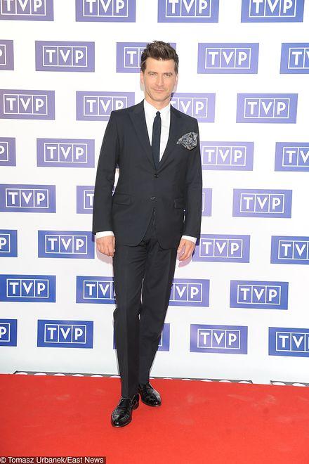 Tomasz Kammel: burak w roli głównej. Prezenter podzielił się zabawnym zdjęciem