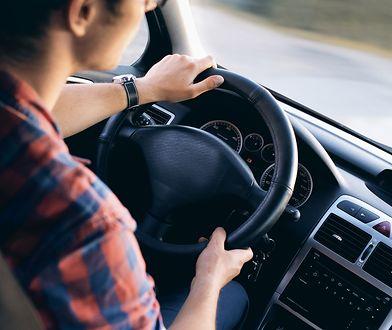 Czuj się pewnie na drodze, czyli dlaczego warto wykupić assistance samochodowy