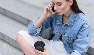 Kurtka jeansowa to jedna ze stylowych opcji na lato